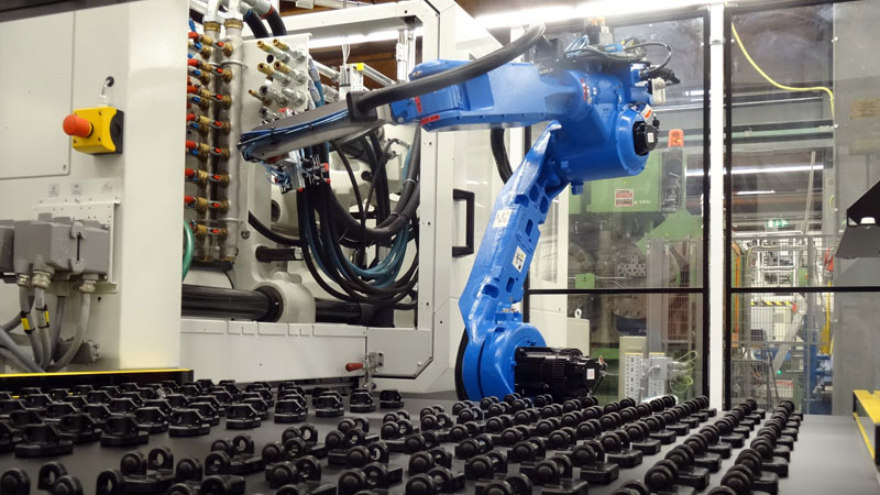 New energy-efficient plastic molding machines at CurTec